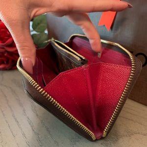 Louis Vuitton Bags - Louis Vuitton Zippy Wallet